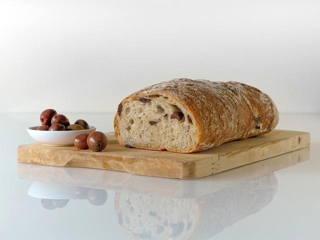 bread-228939_640